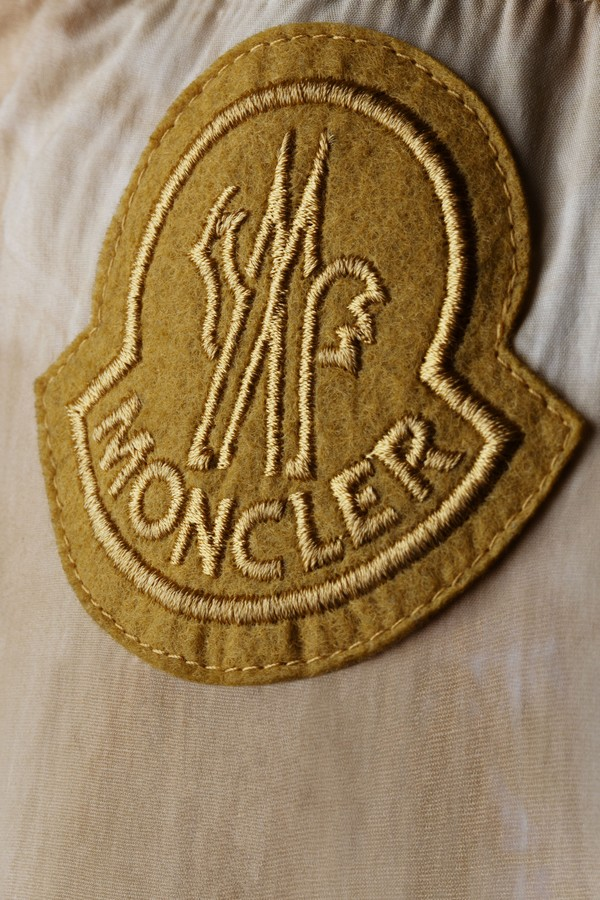 Moncler 1952 Valextra