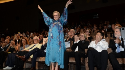 The Laundromat Venezia 76: il red carpet con Meryl Streep e Gary Oldman