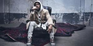 Tommy Hilfiger via Orefici Milano: Lewis Hamilton inaugura la nuova boutique