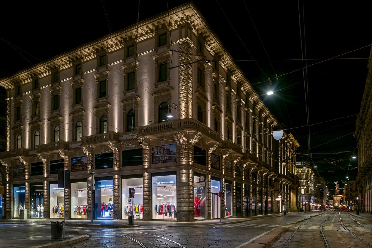 Tommy Hilfiger via Orefici Milano