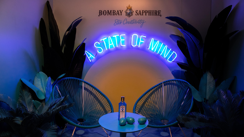 Bombay Sapphire Canvas Bar Roma