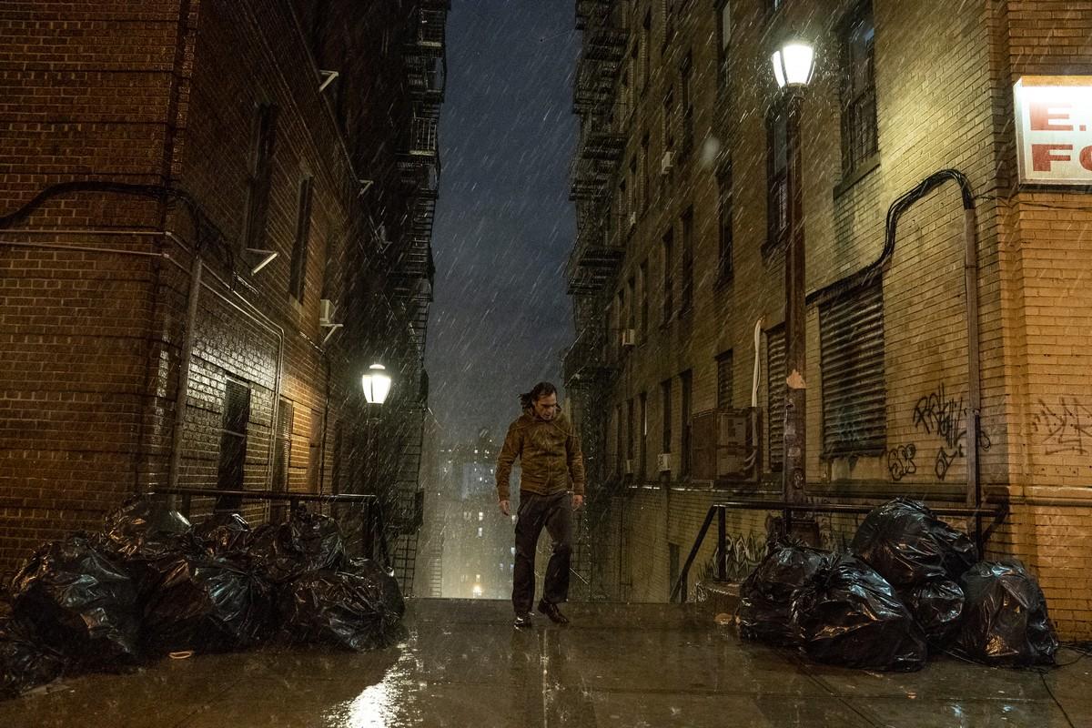 Joker film 2019 recensione