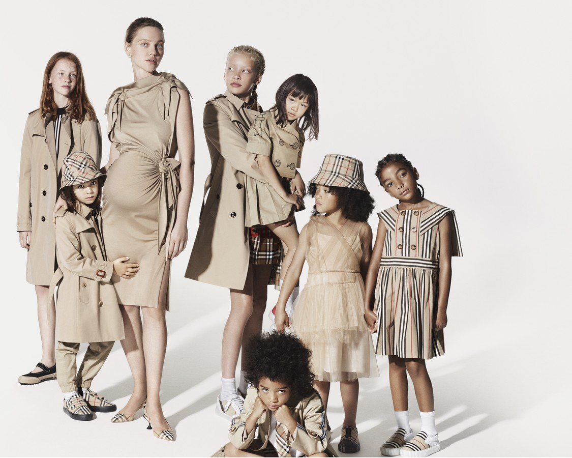Burberry campagna Natale 2019