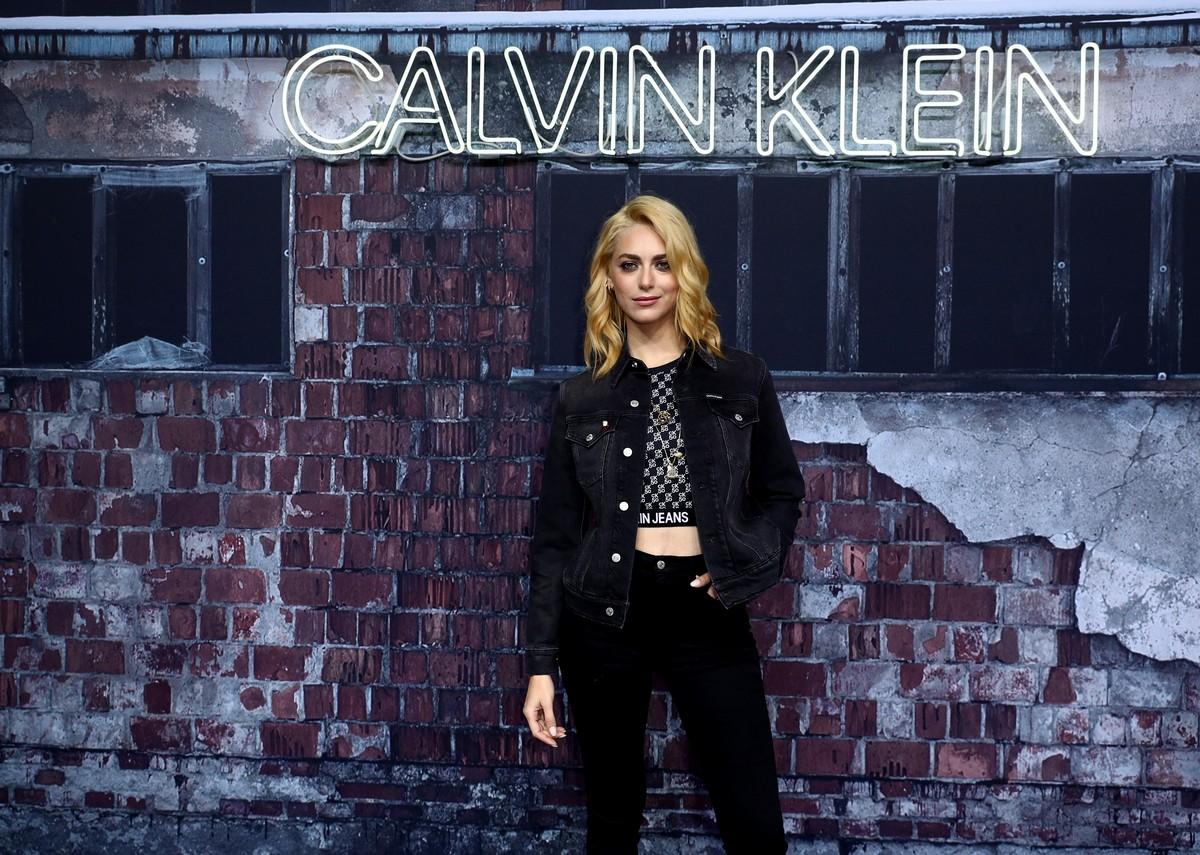 Calvin Klein Hailey Bieber