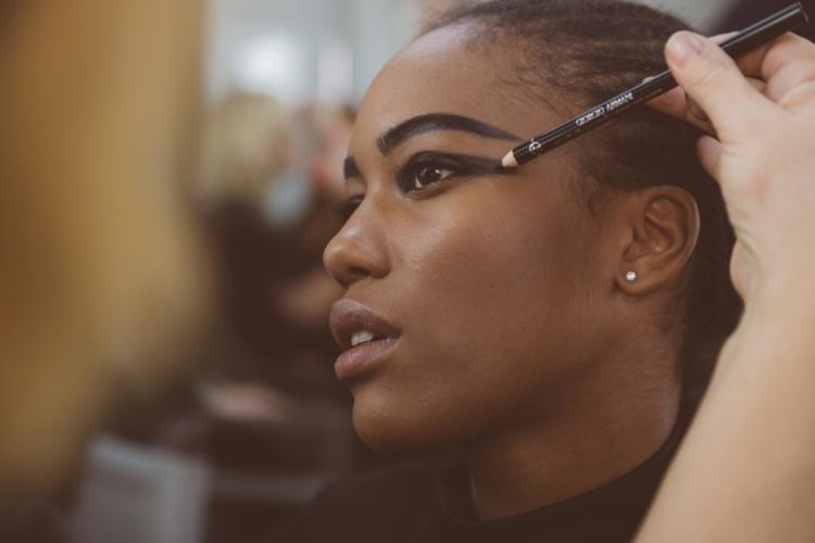Giorgio Armani Pre Fall 2020 2021: il nuovo beauty look creato da Linda Cantello