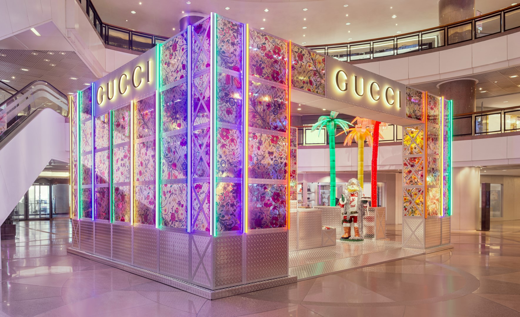 Gucci Pin temporary store