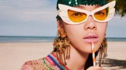 Gucci campagna natale 2019: Gift Giving, le eclettiche idee regalo