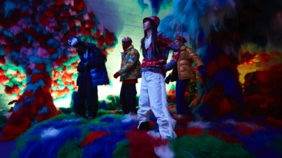 Moncler Grenoble autunno inverno 2019: look d'ispirazione hippie, il video