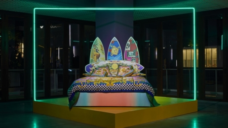 "Art Basel Miami 2019 Versace: la mostra ""South Beach Stories"" con Sasha Bikoff"