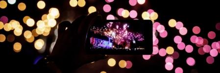 Capodanno 2020 social media: usi e costumi da abolire durante la notte più lunga dell'anno