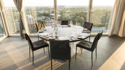 Mi View Restaurant Milano: i complementi d'arredo su misura firmati da Contrada Erasmo