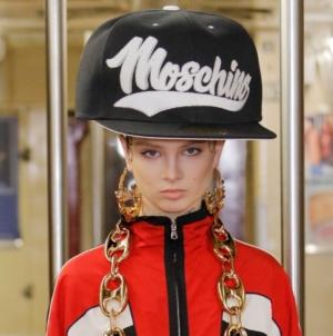 Moschino Pre Fall 2020: la sfilata evento a New York, la magia della Grande Mela