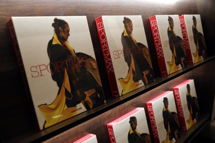 Sportmax 50 anniversario: il libro che celebra il new tailoring al femminile