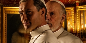 The New Pope Sky: l'attesa seconda stagione con Jude Law e John Malkovich