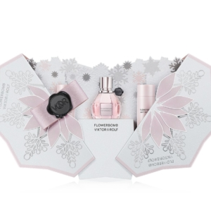 Viktor&Rolf Natale 2019: Flowerbomb e Spicebomb, il video The Enchanted Blizzard