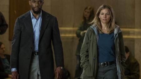 City of crime film: un noir moderno con Chadwick Boseman e Sienna Miller