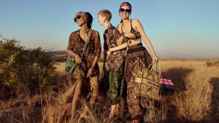 Dior Riviera capsule 2020: stampe che evocano l'immaginario dell'Africa