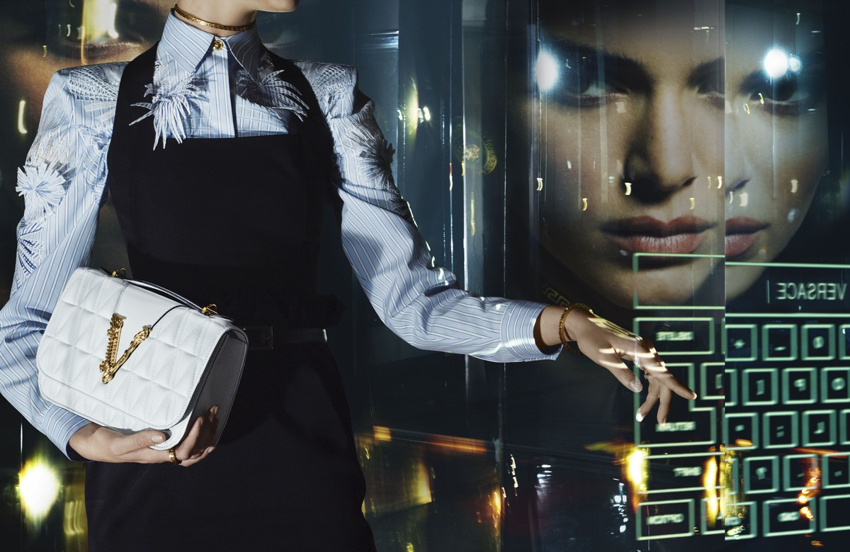 Versace Jennifer Lopez campagna 2020