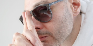 Fila Fabri Fibra occhiali da sole: la special edition celebra la star del rap