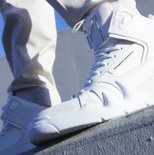 Giuseppe Zanotti sneakers Talon: il nuovo modello ispirato al mondo del basket di strada