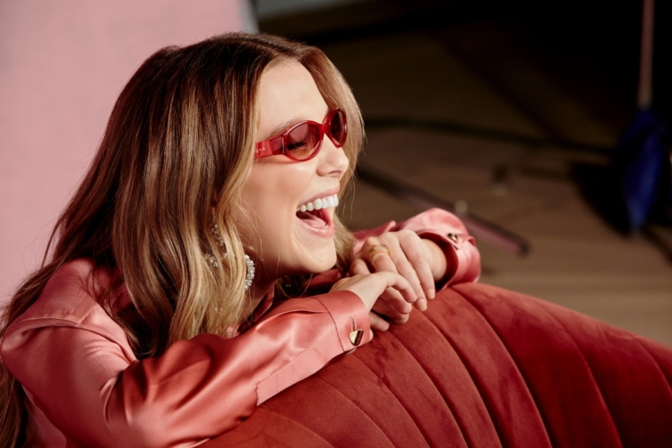Millie Bobby Brown Vogue Eyewear: la capsule collection MBB