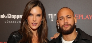 Replay Neymar JR capsule collection 2020: il party con Adrien Brody, Alessandra Ambrosio e Joan Smalls