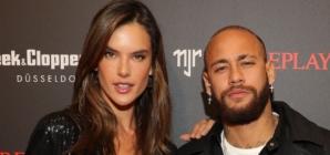 Replay Neymar JR capsule collection 2020: il party con Adrien Brody, Alessandra Ambrosio e Joan Smalls