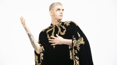 Sanremo 2020 Achille Lauro: omaggio a Giotto e a San Francesco, il look creato da Gucci