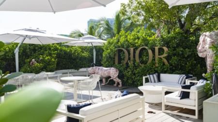 Dior pop-up café Miami: gli ombrelloni Poggesi per gli spazi outdoor