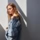 Jeans Stradivarius primavera estate 2020: la nuova denim couture