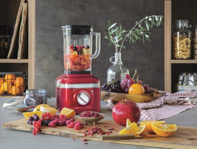 Nuovo frullatore KitchenAid K400: un mondo di gusto e colore per le tue ricette!