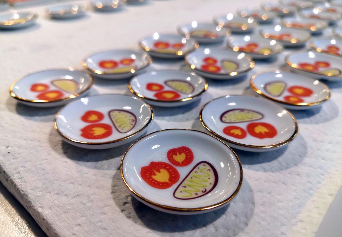 Piatti tipici gioielli design Microtipici