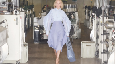 Stella McCartney campagna estate 2020: protagonista Amber Valletta