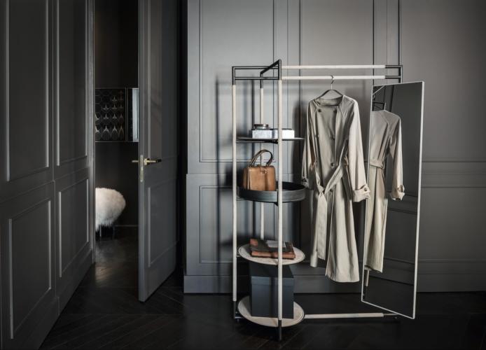 Camera da letto moderna elegante: i complementi d'arredo di Frag