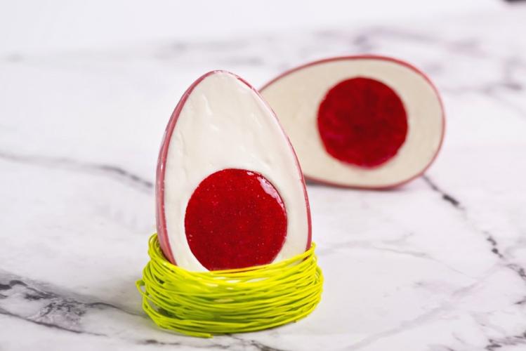Uova di Pasqua 2020: a sorpresa l'interno goloso realizzato con ottimo gelato