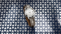 Longines 1832 orologi 2020: i nuovi eleganti segnatempo declinati in nero e beige