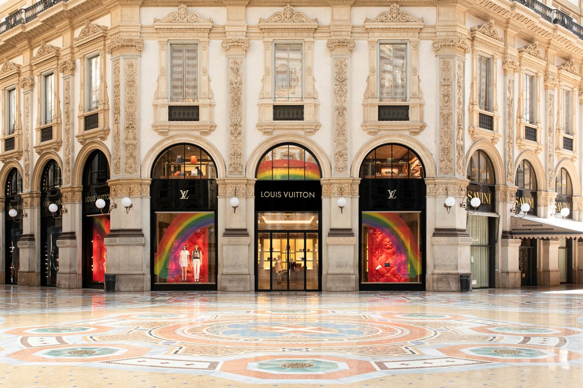 Louis Vuitton Milano Galleria