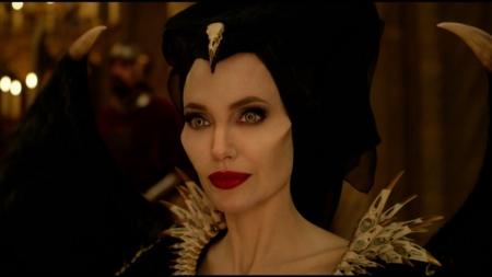 Maleficent Signora del Male Disney+: in streaming il film con Angelina Jolie e Michelle Pfeiffer
