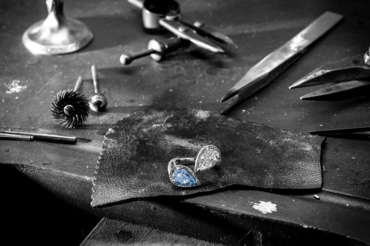 Messika gioielli Colored Diamonds: la collezione d'Alta Gioielleria