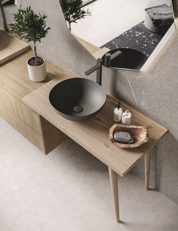 Novello arredo bagno moderno