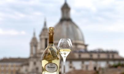 Ruinart Blanc de Blancs: lo champagne perfetto per i brindisi en plein air