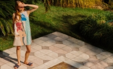 Weekend Max Mara capsule 2020: Poolside, la linea ispirata alle opere di Slim Aarons