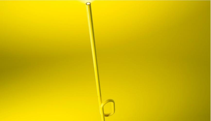 Foscarini lampada da terra Tobia: un'icona pop in colori fluo