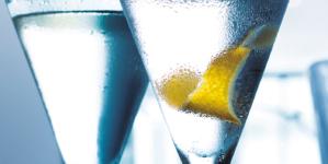Martini Cocktail nuove ricette: Bombay Sapphire e Grey Goose celebrano l'iconico drink