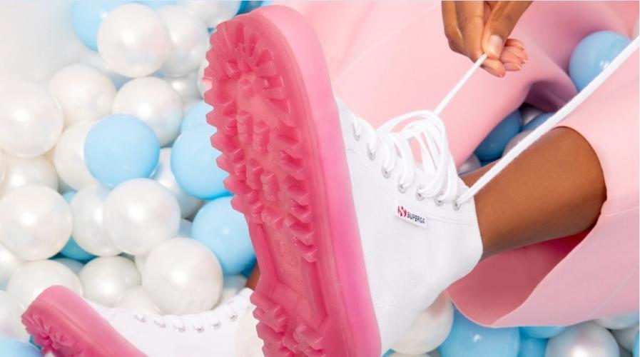 Superga Alpina Jellygum 2020: la nuova sneakers pop per l'estate!