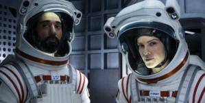 Away Netflix Hilary Swank: la nuova serie, trailer, trama e cast