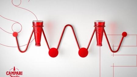 """Campari Soda collezione Design Connection: l'iconica bottiglietta reinterpretata """"Senza Etichette"""""""