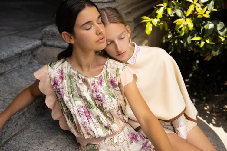 Fontana Couture Milano pre collezione primavera 2021: l'eleganza classica e minimale