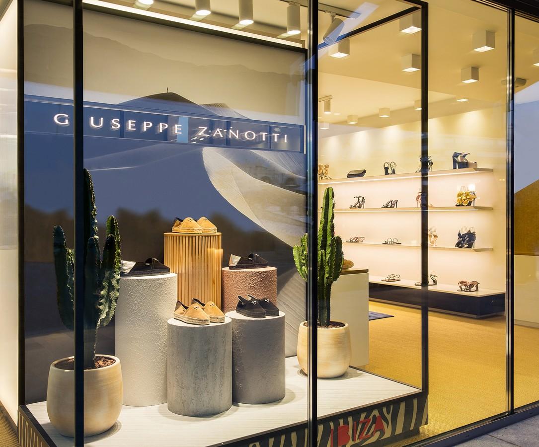 Giuseppe Zanotti boutique Ibiza