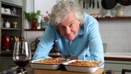 """James May Oh Cook: la nuova serie culinaria """"a prova di idiota"""" su Amazon Prime Video"""